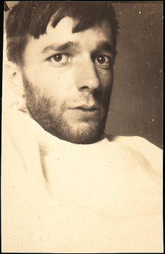 Walker EVANS :: Self-portrait in New York Hospital Bed, New York City, June 1928