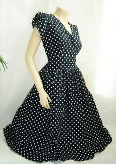 Polka dot rockabilly dress!  Love