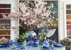 Blue tablescape - Carolyne Roehm table settings, blue tablescap, spring dinner, ginger jars, carolyn roehm, floral, flower, tabl set, cherry blossoms