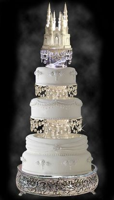 Gorgeous Wedding Cake with Swarovski Crystal Cinderella Castle Royal Wedding Cake Topper