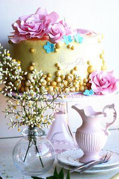 beautiful white chocolate mud cake
