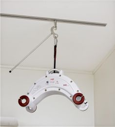 Molift Nomad Hoist with Reacher. Portable hoist available from Dolphin Lifts.