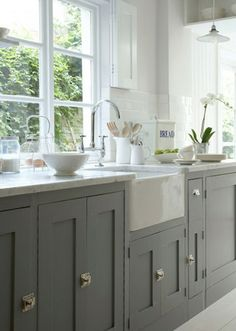 grey kitchen & farmhouse sink