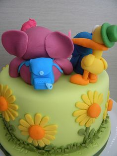 a gorgeous pocoyo cake ... my nephew would love this