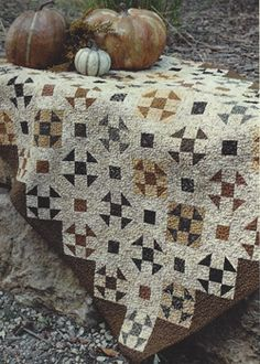 heirloom harvest, taupe, colors, quilt kits, quilts, harvest quilt, black, country, countri sampler