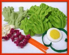 Love the felt lettuce!