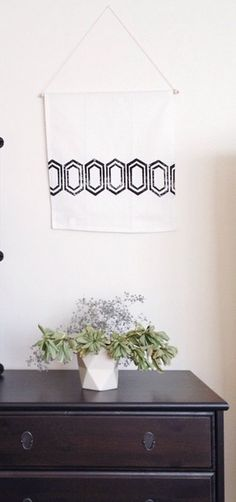 Tea towels that double as wall hangings. I love it!