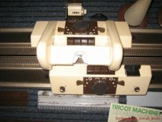 PHILAR TRICOTER DOUBLE BED KNITTING MACHINE D100