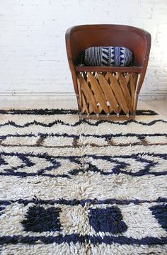Vintage Moroccan Rug  Natural virgin wool