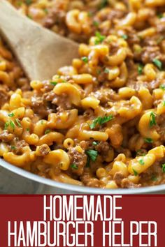 This Homemade Hamburger Helper is just as easy as the boxed stuff but so much better! Better ingredients, better taste, happier tummies! #homemadehamburgerhelper #groundbeefrecipes
