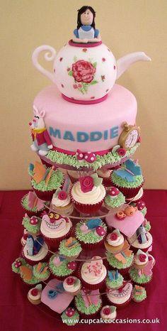alice in wonderland cake | Flickr - Photo Sharing!