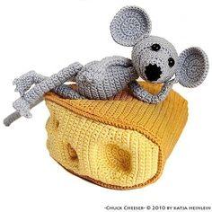 Chuck Cheeser, amigurumi pattern, pdf crochet tutorial by Katja Heinlein, mouse, cheese. $5.95, via Etsy.