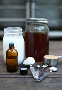 DIY: honey foot care