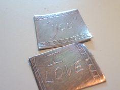 lasoffittadipantyra....: I LOVE YOU - incisione casalinga