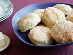 Daddy's Biscuits Recipe : Trisha Yearwood : Food Network - FoodNetwork.com