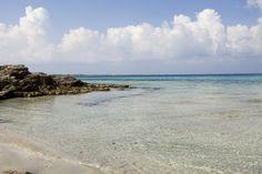 Spiaggia di Gallipoli, nei dintorni di Lido Pizzo. Per la nostra guida sulle spiagge clicca qui: http://eepurl.com/C6XNT
