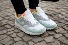 sneakers | Girls wearing Sneakers. Air Max 1 #sneakers