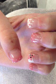 Adorable teddy bear nails
