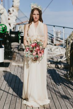 water nymph bride, photo by IglooPhoto http://ruffledblog.com/wedding-inspiration-on-an-italian-sailing-ship #bridal #weddingfashion