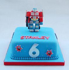 transformer cake - jellycake.co.uk