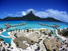 Located in French Polynesia in the South Pacific, Bora Bora is well-known as one of the most beautiful islands in the world. With crystal clear waters and awesome accommodations.
