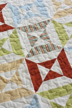 Easy Double Hourglass baby quilt