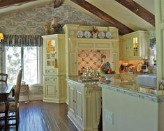 English Country Style Decorating Design, Pictures, Remodel, Decor and Ideas - page 3