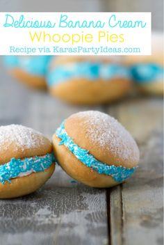 Delicious BANANA CREAM WHOOPIE PIE RECIPE via Kara's Party Ideas KarasPartyIdeas.com #whoopie #mini #pie #recipe #party #dessert #treats #pies #idea