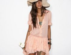 I loveeeee this dressss!!!!