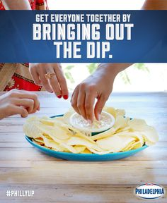 Looking for an easy dip this Labour Day weekend? Our French Onion Philly Dip is perfect for the last summer barbecue or small gatherings, and, it takes no time to prepare! Just pop off the lid and place it on a platter with chips and your favourite dippers.
