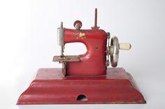 vintage child's sewing machine....