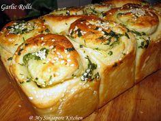 Garlic rolls - no egg, no dairy, very soft...