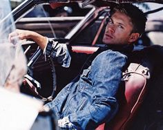 """Buzzfeed's """"The Many Pouts of Jensen Ackles"""": #12 The You-Know-You-Want-Me."""