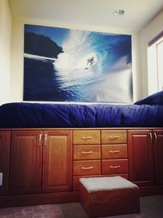 Surf room for the boy