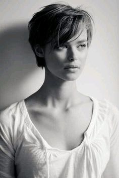 contemplating cutting my hair this short