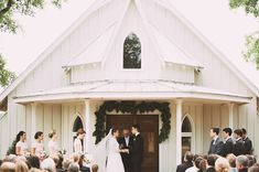 little white church ceremony