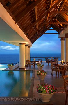 Amazing Outdoor Living on this beautiful outdoor patio ..to enjoy outdoor living & dining, the infinity pool, the Ocean & its views from this modern Beach home, facing the Indian Ocean.