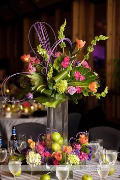 Use of bright and rich color with lots of interesting texture makes for a beautiful arrangement
