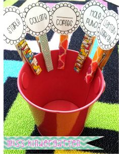 Miss Kindergarten: Scotch Expressions Tape {organization ideas!} #ScotchBTS #ad