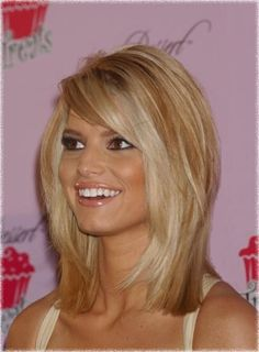Outstanding Look Here Consists Of Strong Blonde Hi Lites And A Blunt Layered Bob Hairstyle