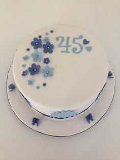 Cake Ideas For 45th Wedding Anniversary : Cakes on Pinterest Gummy Bear Cakes, Baseball Cakes and ...