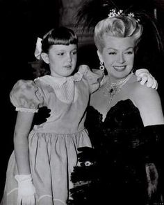 Lana Turner & her daughter Cheryl