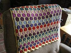 Honeycomb {Stroller} Blanket by Terry Kimbrough, Susan Leitzsch, Lucie Sinkler - free pattern