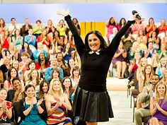 """Ricki Lake returns to TV and vows hopes """"to be the incredible shrinking woman on the first season of The Ricki Lake Show!"""" #allanapratt"""