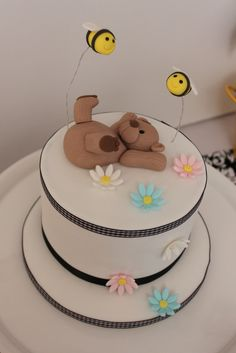 Sweet teddy bear baby shower cake! #cake #babyshower #teddybear