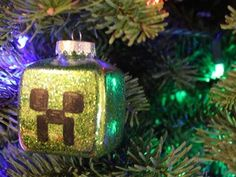 Minecraft: Creeper Christmas Ornament - DIY GEEKY GOODIES