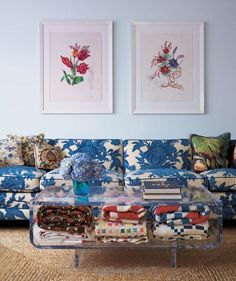 Quilts in coffee table