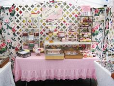 Love the pink tablecloth and the lattice backdrop.