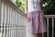 JCrew style skirt tutorial, really basic and completely adorable! #skirt #diy #pattern #tutorial