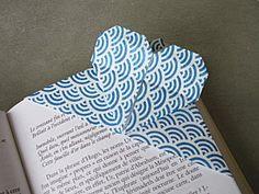 Marque page coeur en origami